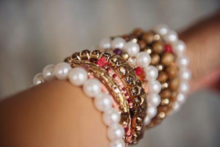 Jak dobrze dobrać biżuterię?