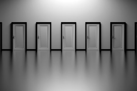 Wybieramy pierwsze drzwi zewnętrzne